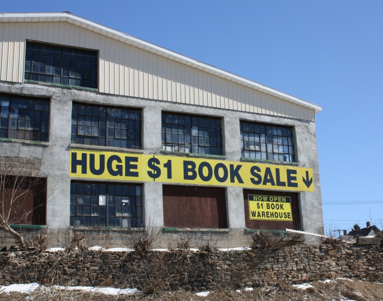 book-sale-sign1 (1)